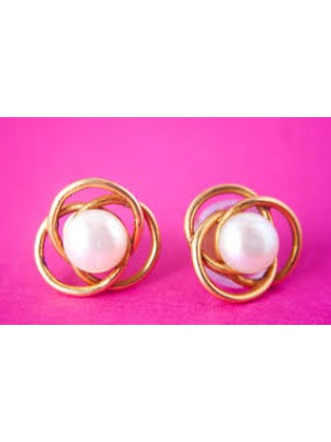 Pretty Pearl 925 Sterling Silver Stud Earrings