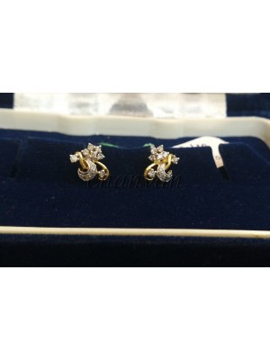 Pretty Diamond 14K Gold Stud Earring