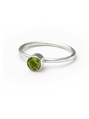 Go Green Silver Peridot Ring