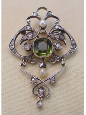 Artistic Touch Rose Cut Diamond 925 Silver Peridot Brooch Pin