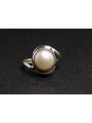 Magic of Pearl Silver Ring